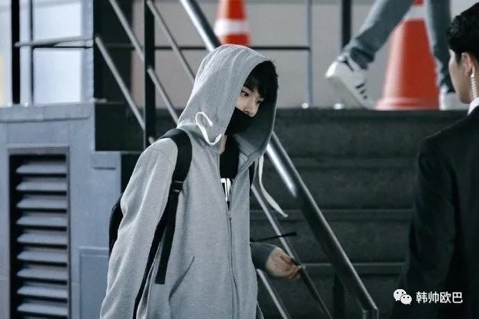 四年前的今天,作为SM Rookies首次公开的这位男团爱豆