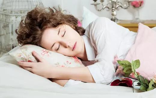 《习惯的力量》|怎么改掉熬夜的坏习惯?有这3点可以帮助你