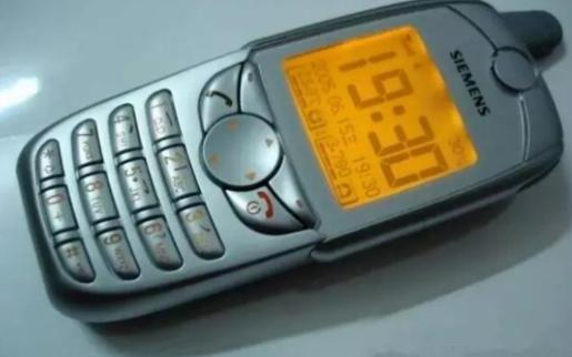 """荣耀先驱,盘点手机进化史上的那些""""第一"""""""
