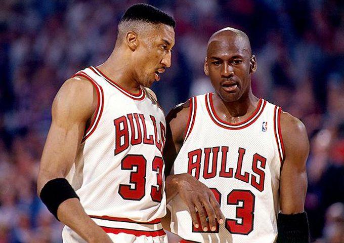 NBA最成功的选秀夜交易:公牛赌对皮蓬,湖人换科比用20年