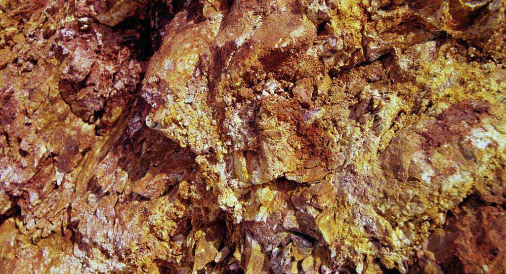 地球內部有4千萬億噸黃金,人均55萬噸,為何沒人敢開採?