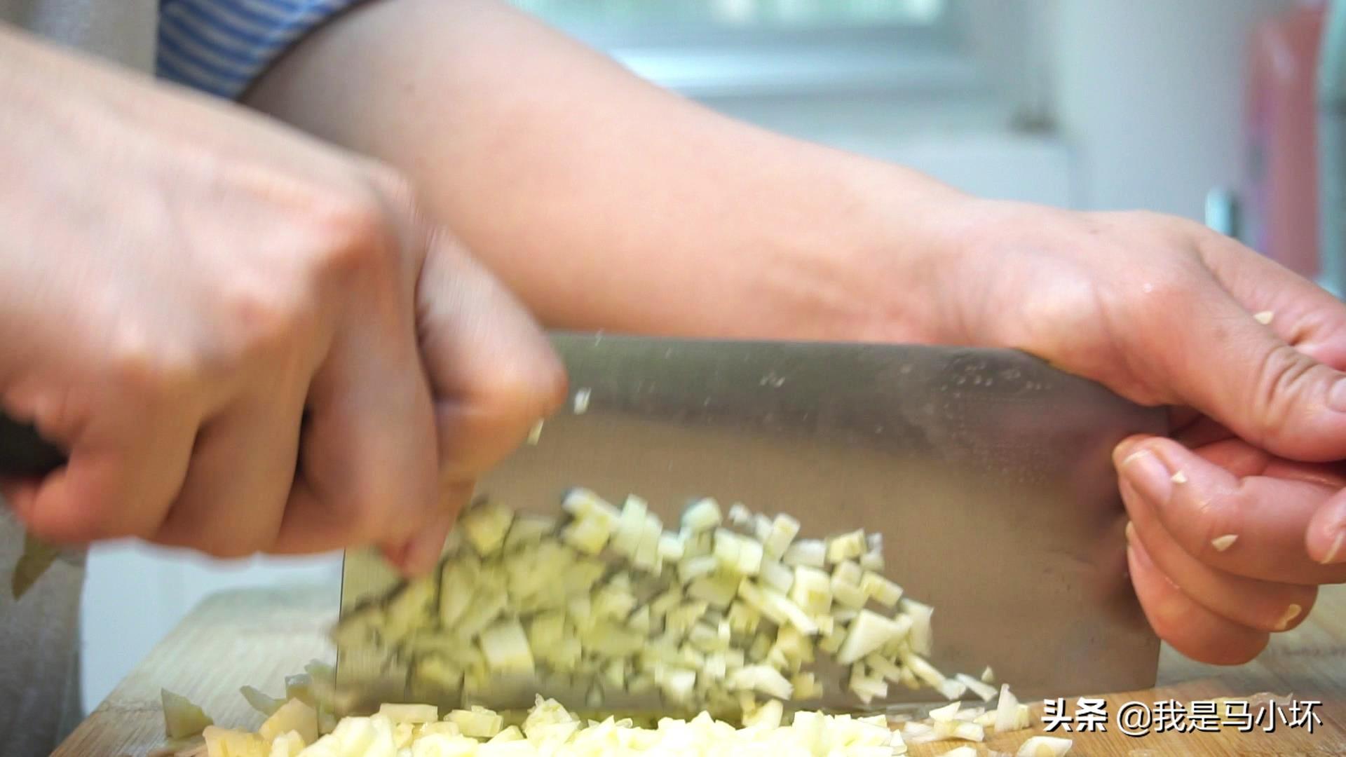 夏天老公和儿子最馋这菜,简单营养,出锅香味四溢,吃着特解馋 美食做法 第5张