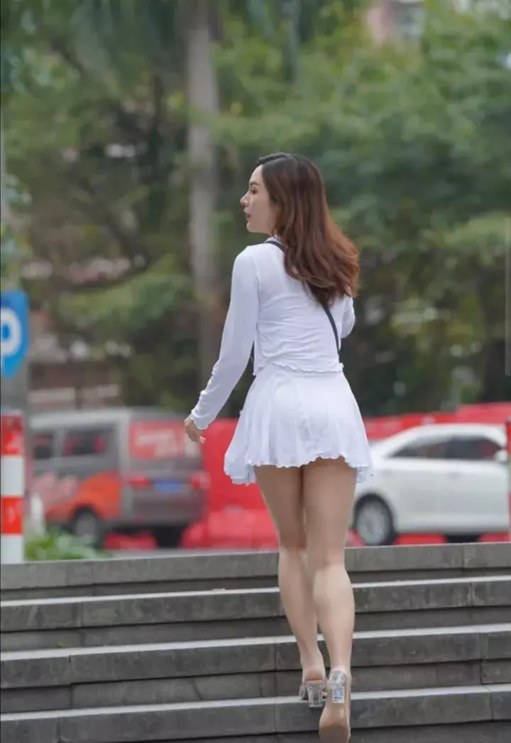 35岁女生怎样穿出优雅气质又不显老气?