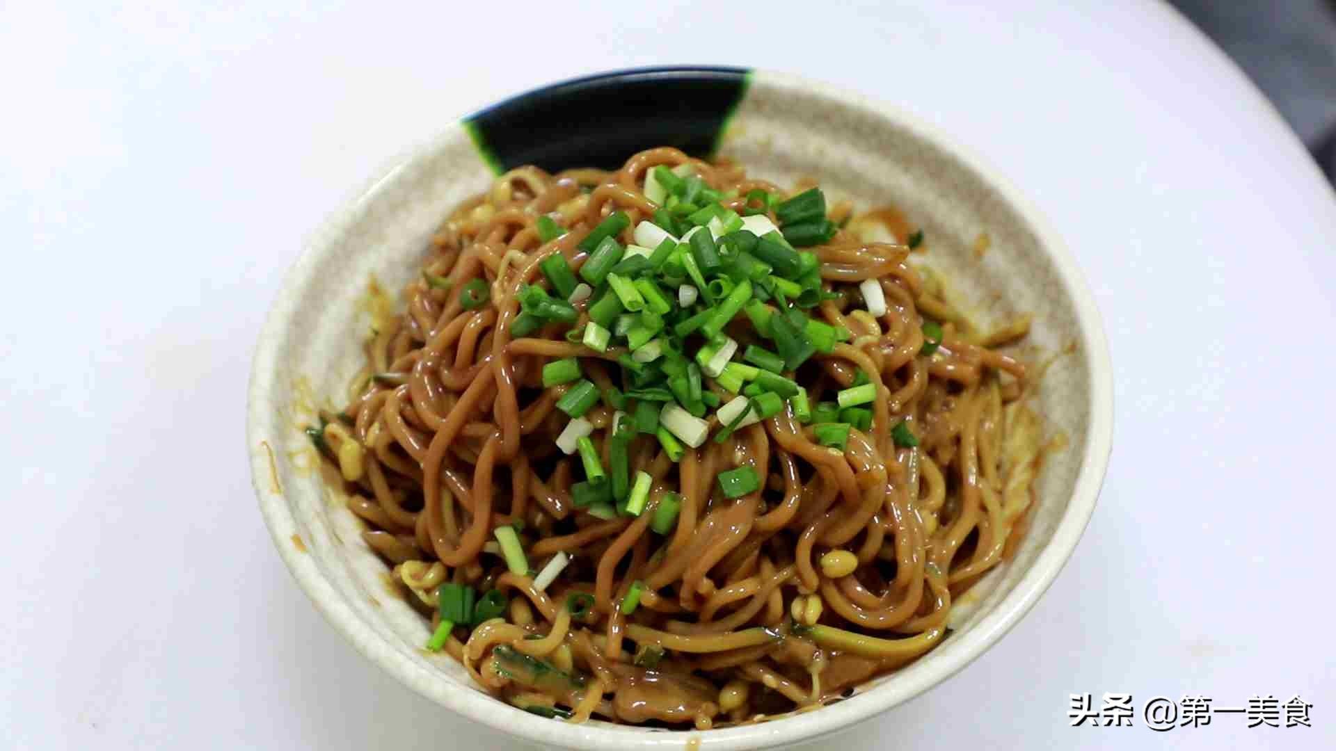 武汉热干面的做法,色泽油润味道鲜美 各地小吃 第4张