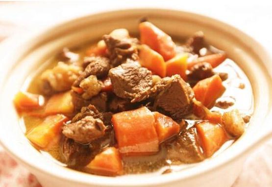 冬天的滋补品,胡萝卜炖羊肉,好吃不腻 食疗养生 第1张