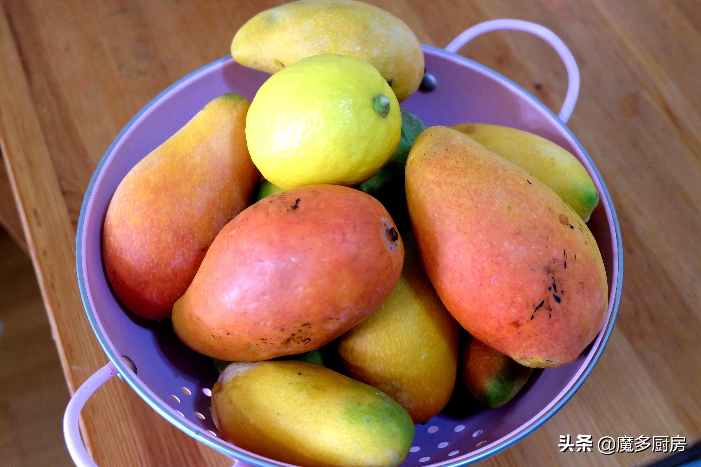 芒果吃不完,妈妈把它做成芒果酱,做法简单又好吃,只要三种食材 美食做法 第4张