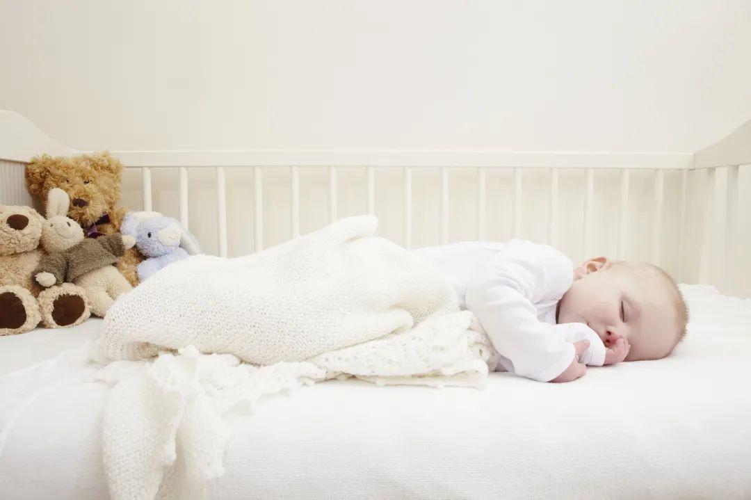 宝宝夜醒该不该喂奶?没掌握这些很可能影响宝宝的生长发育