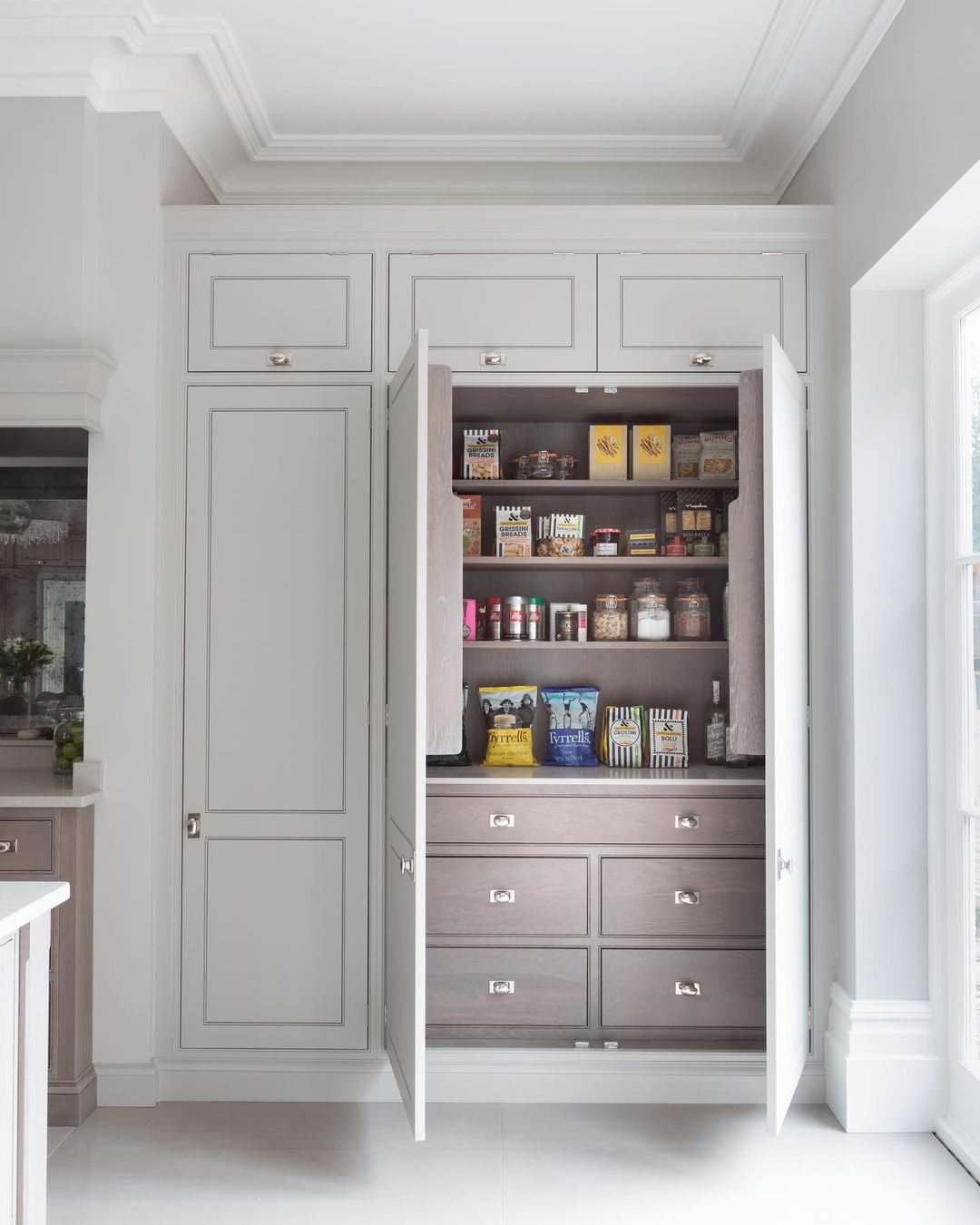 房子装修,柜子设计好,增加几倍收纳空间