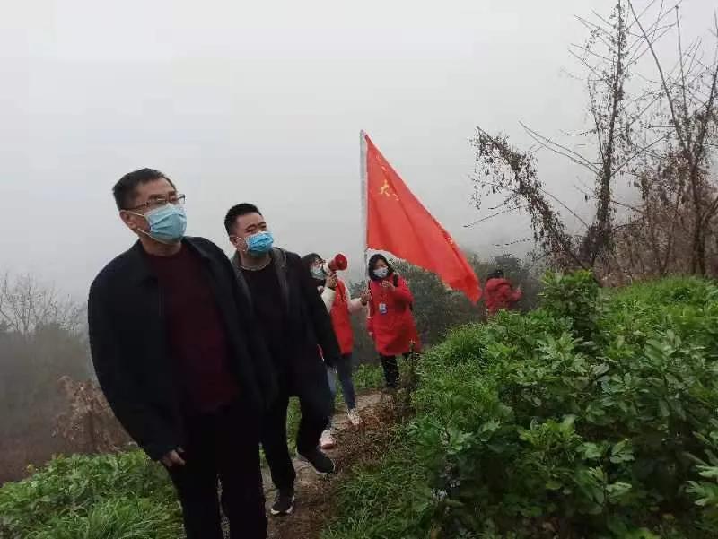 盯死守牢管住,自贡严防严控春节期间森林火灾