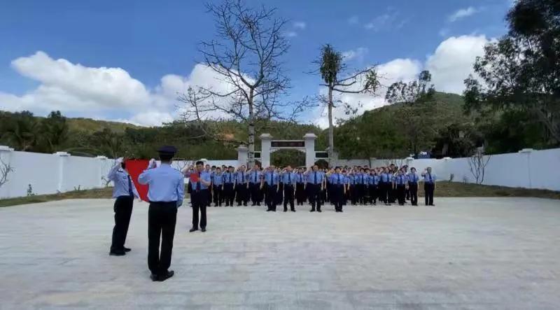 缅怀先烈 ,三亚市人民检察院组织参观西沙海战烈士陵园