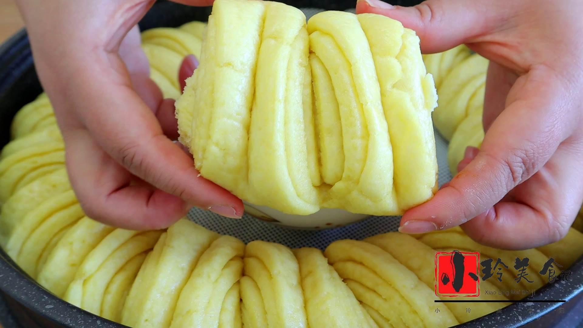 玉米面最好吃的做法,一层比一层香,连吃3天都没吃够,营养解馋 美食做法 第11张