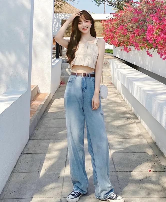 你穿短上衣+高腰裤的模样,美到犯规