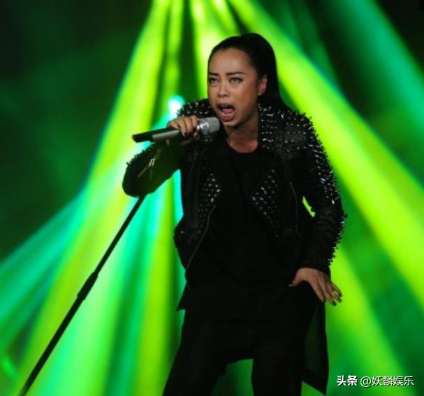娱乐圈身价暴涨的明星,吴镇宇杨幂上榜,从无人认识到人气爆红