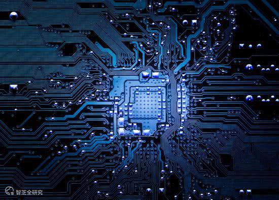 比尔·盖茨发声:反对美国芯片不卖给中国