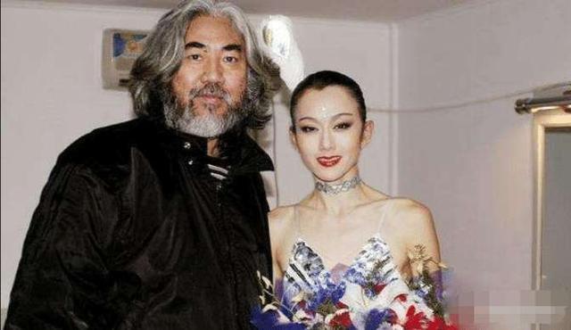 """17年前杨丽萍为钱接演《射雕英雄传》,意外成就""""最美梅超风"""""""