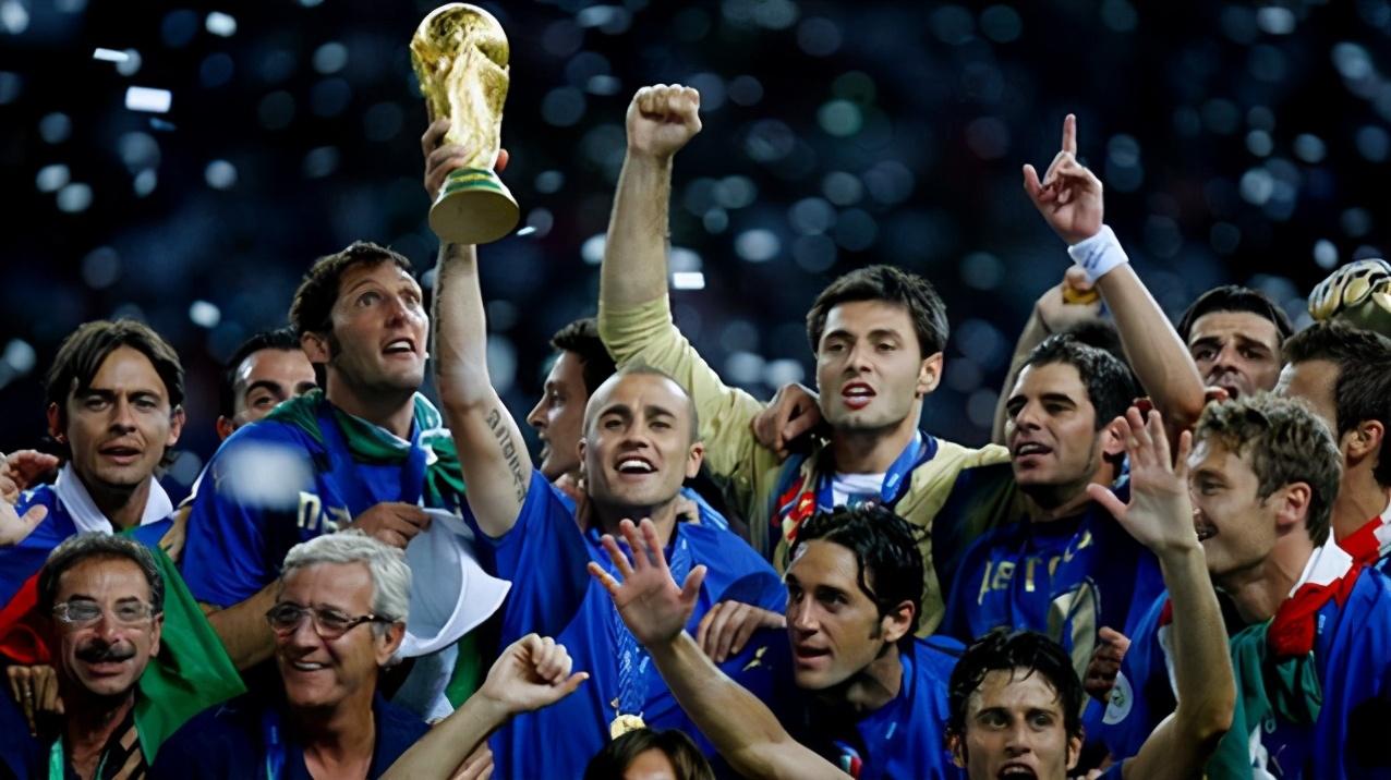 让齐达内遗憾退役,06年世界杯,里皮带领的意大利到底有多强?