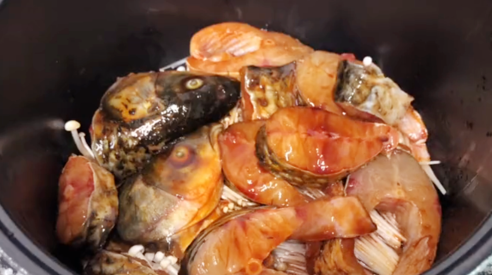 电饭锅焗草鱼的做法 电饭锅焗草鱼怎么做好吃