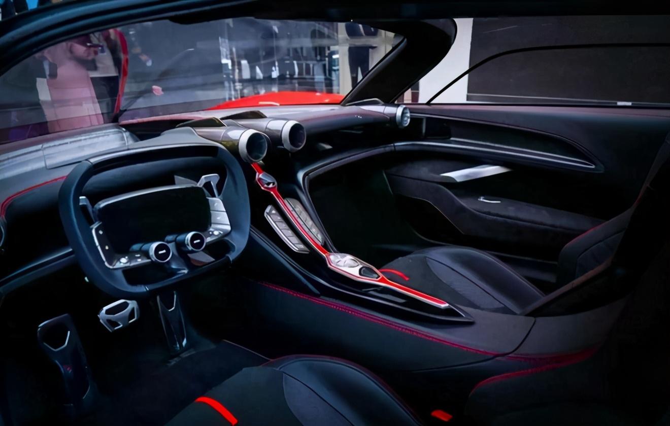 国产首台V8TD发动机,搭载红旗超跑S9,混动版加速1.9S?