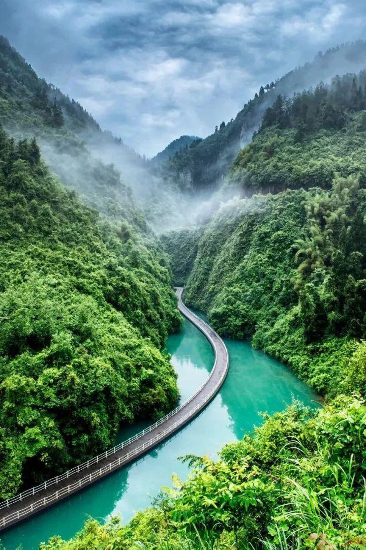 国内3个适合住上一周的旅游小镇,私藏的小众旅游圣地,风景绝美