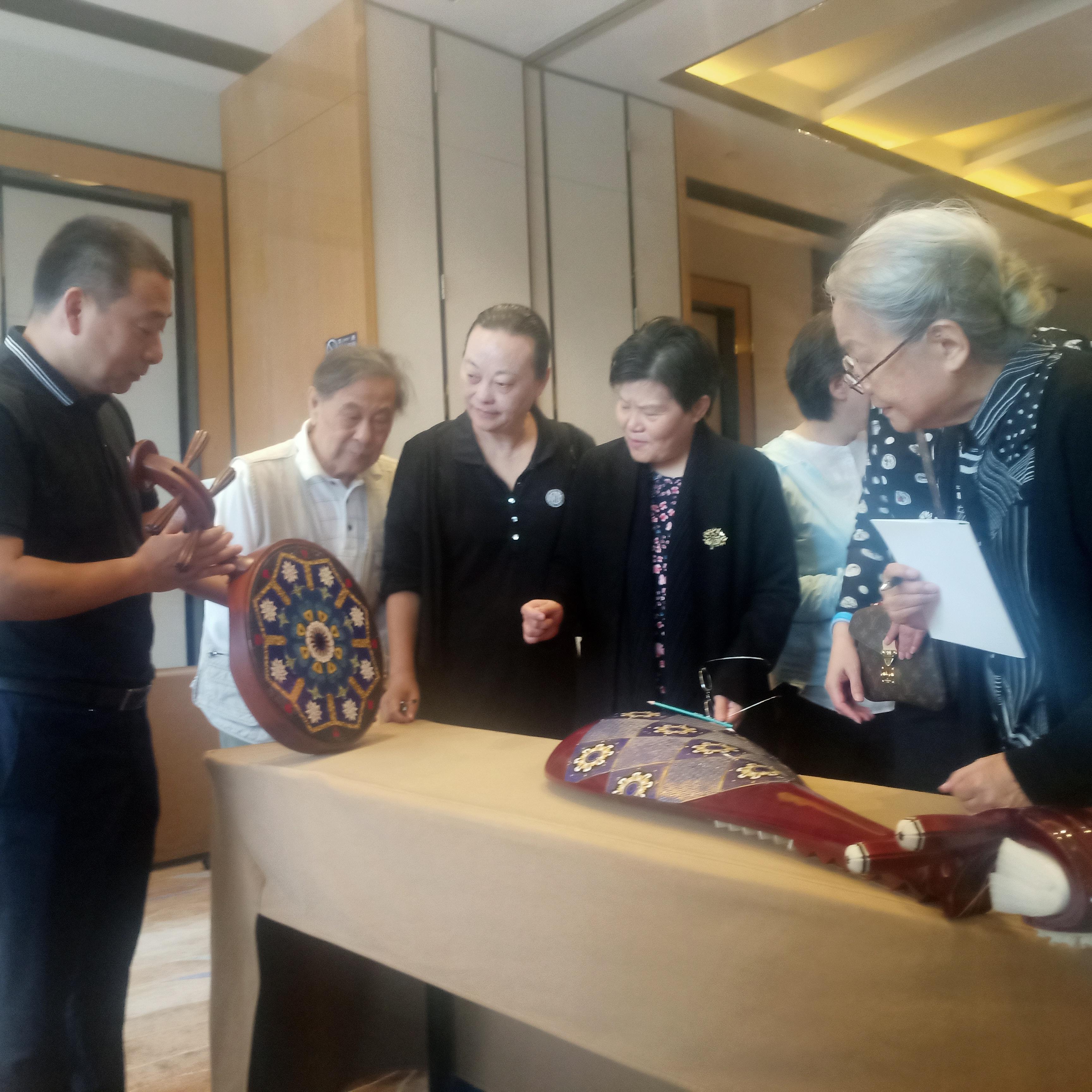 景泰蓝:让老百姓享用到实用化传统艺术