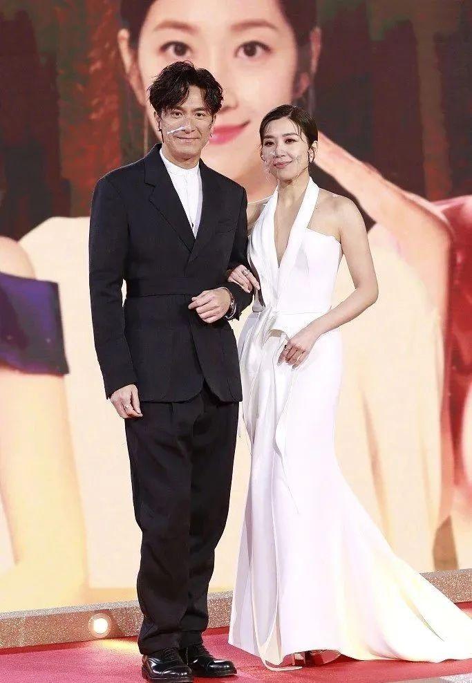 直击视帝视后诞生!TVB2020颁奖礼结果出炉,现场星光熠熠