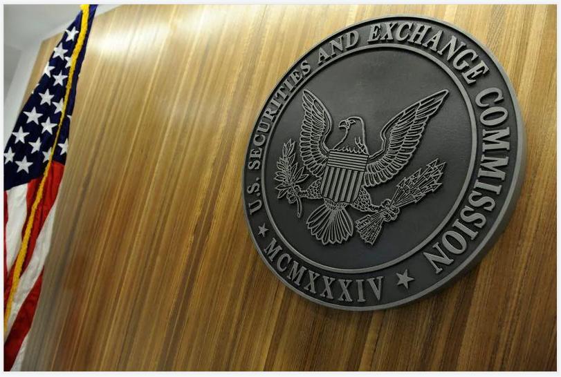 美国重恶法刚刚出台,中国企业股价一夜暴跌,外交部奋力反击