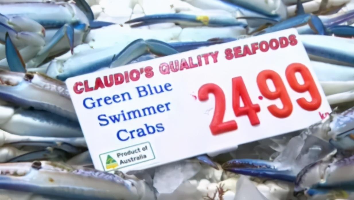 澳鱼市早6点大排长龙,5万人团团围住抢购,龙虾扇贝海鲜大减价