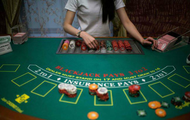 高校职工沉迷网赌每天赢500就收手,最终却输掉60万