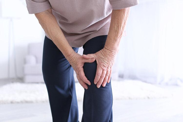 """运动学专家:2个动作是膝盖""""润滑液"""",每天坚持延长关节寿命"""