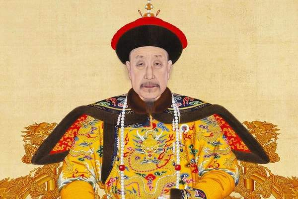 乾隆85岁高龄时成为太上皇,是如何架空嘉庆帝长达3年之久的?