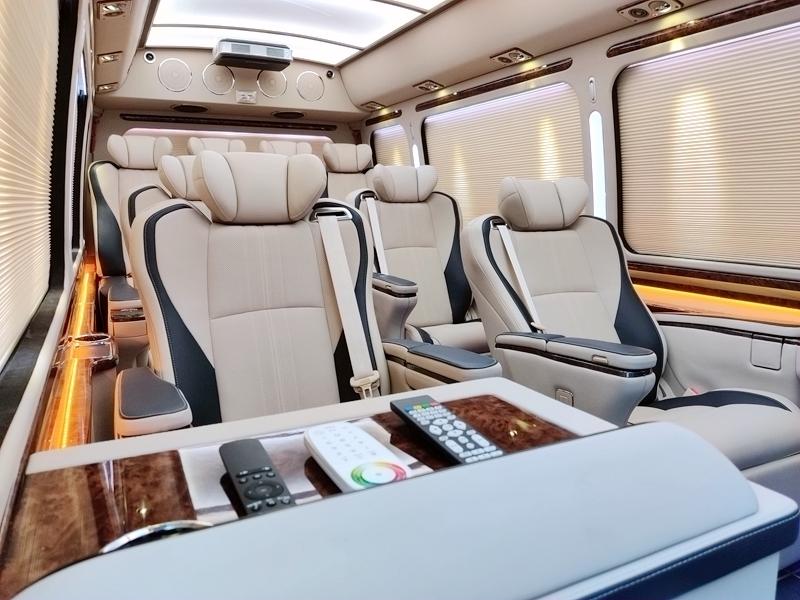 丰田考斯特12座豪华版价格 考斯特12座多少钱