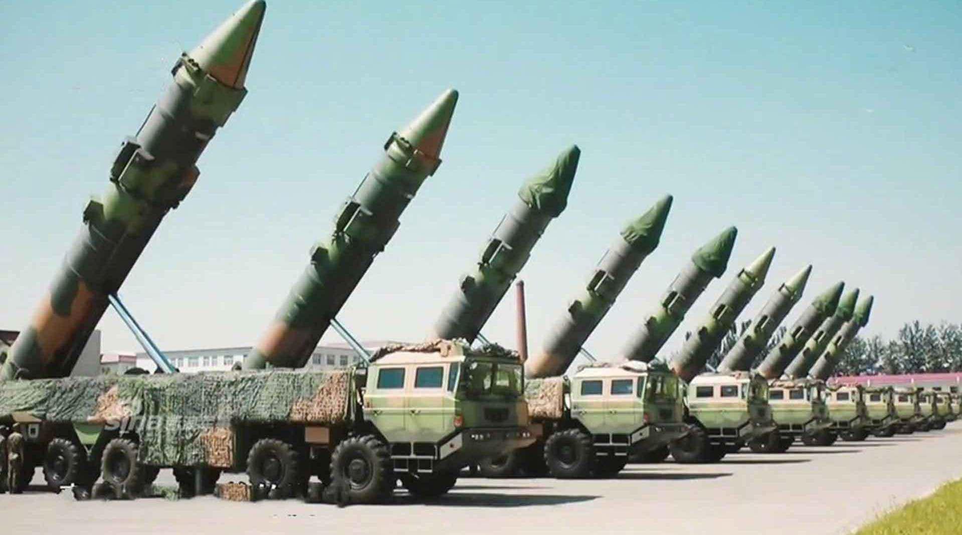 美媒:中国火箭军有40多个导弹旅,有3种战法对付美军航母