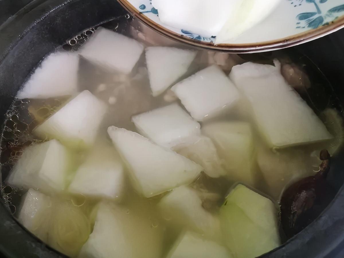 跟着广东人学煲汤,记住这三招,做出来的汤又香又营养 美食做法 第17张