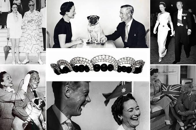 辛普森夫人肖像上佩戴的胸针颇具标志性,设计独特,色彩绚丽