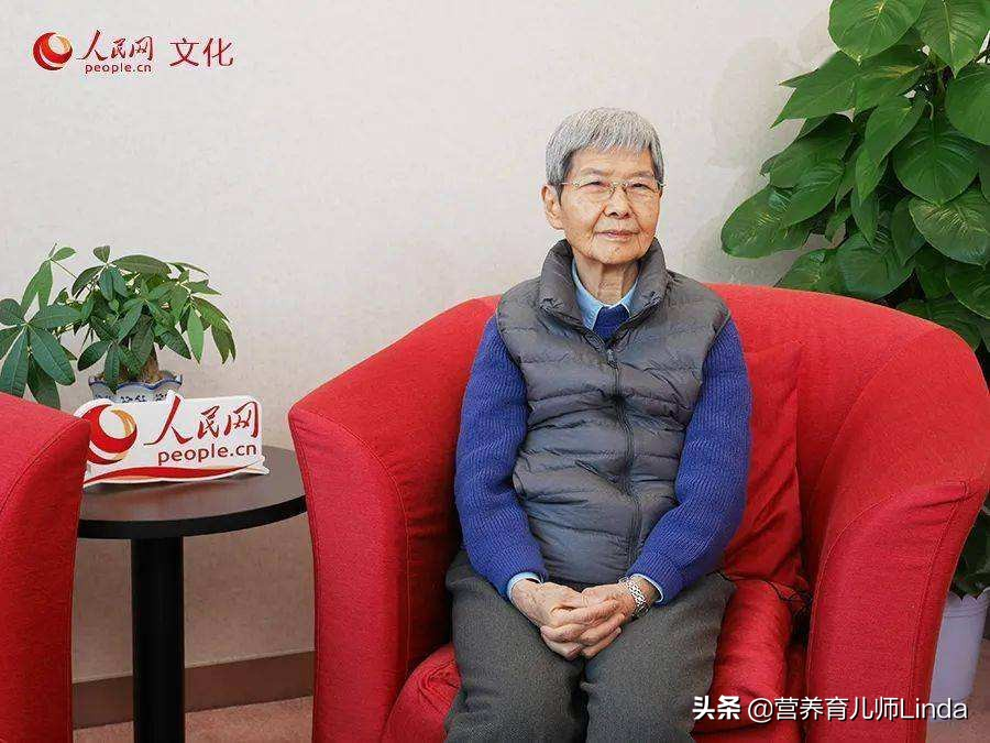 留守女孩报北大考古,全国9大博物馆,樊锦诗先生为她赠书送礼物