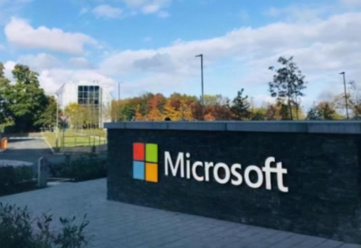 微团再次放出大招!国产系统再次遭到打压:Windows11全民免费升级