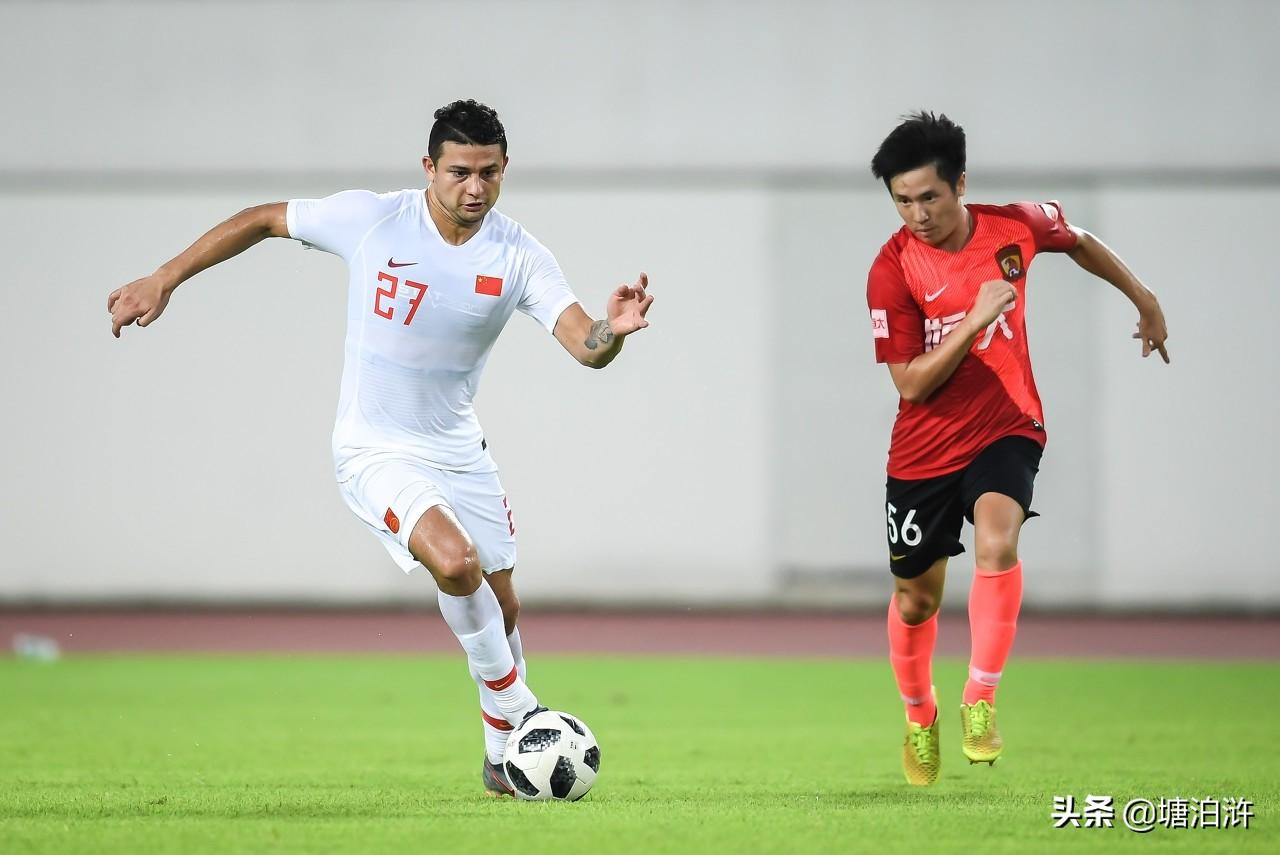 这还是中国足球队吗?都是老外
