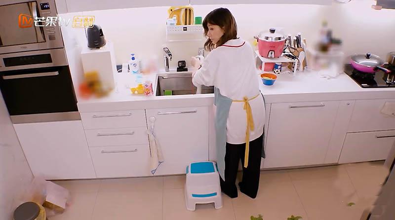 賈靜雯家堪稱完美,為孩子打造遊樂天地,家中小設計寶媽們要學好