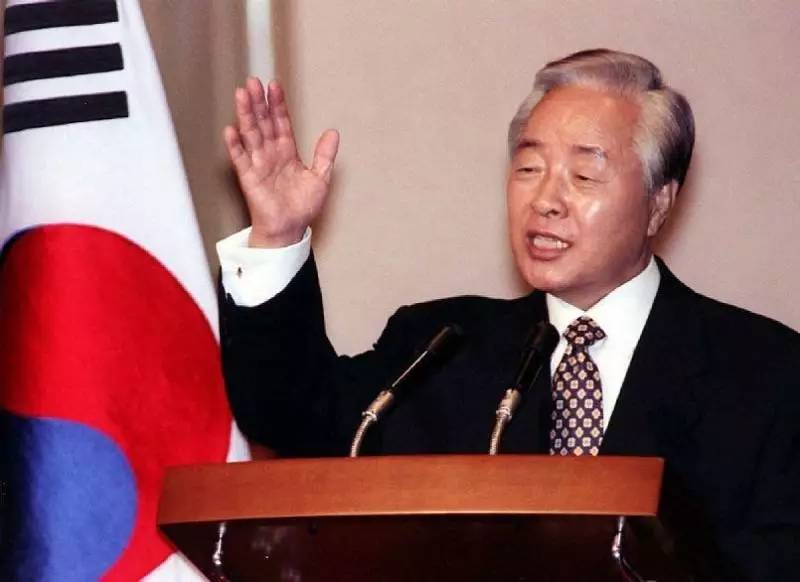 青瓦台魔咒,韩国总统堪称高危职业:盘点11任总统的下场谁最惨
