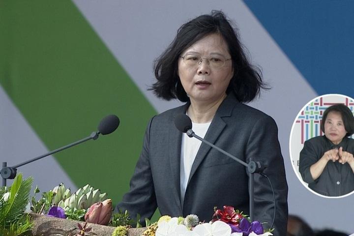 台湾女艺人唱《我的祖国》,民进党扬言处罚,国台办一锤定音