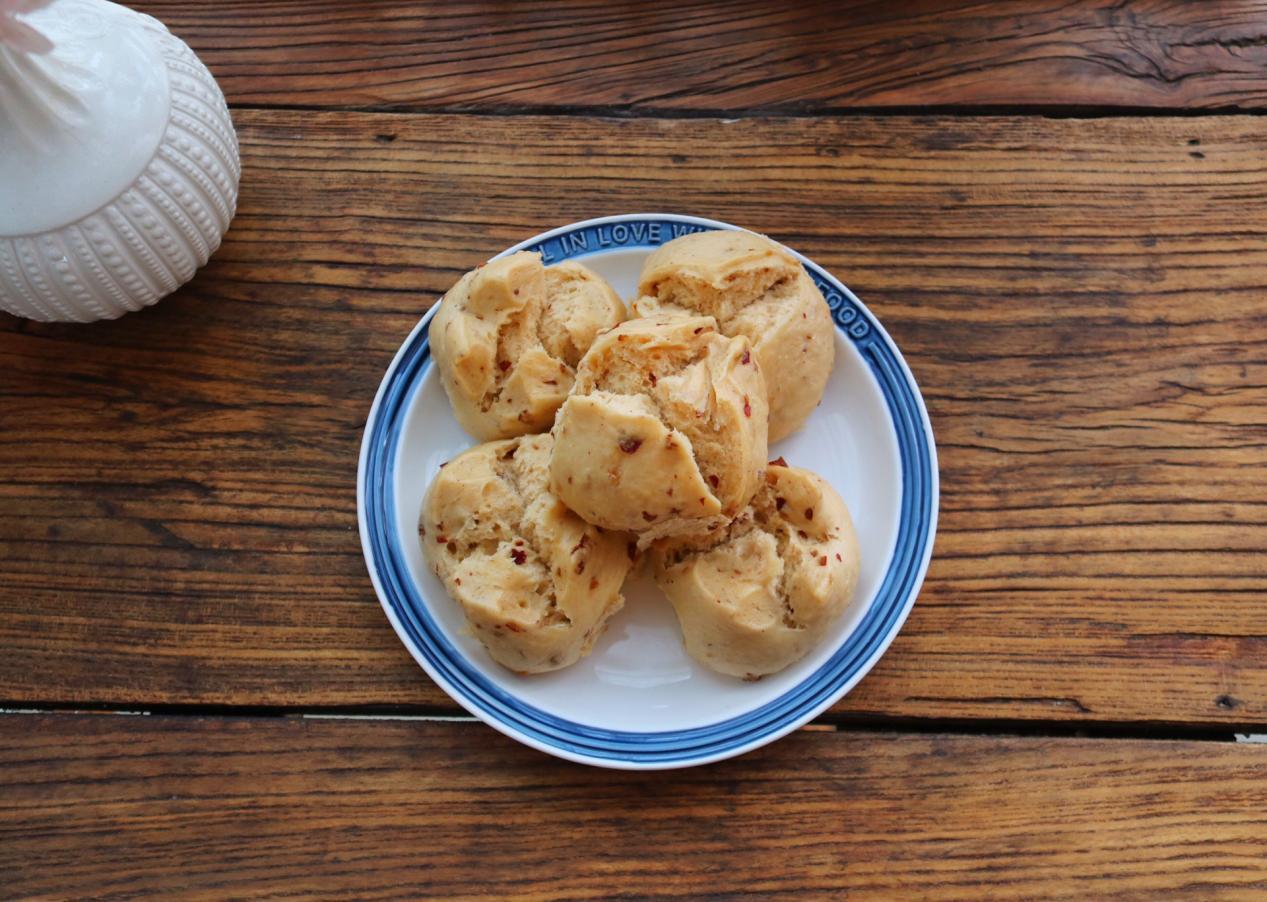 家常版红枣馒头,松软香甜,自己做干净卫生还省钱