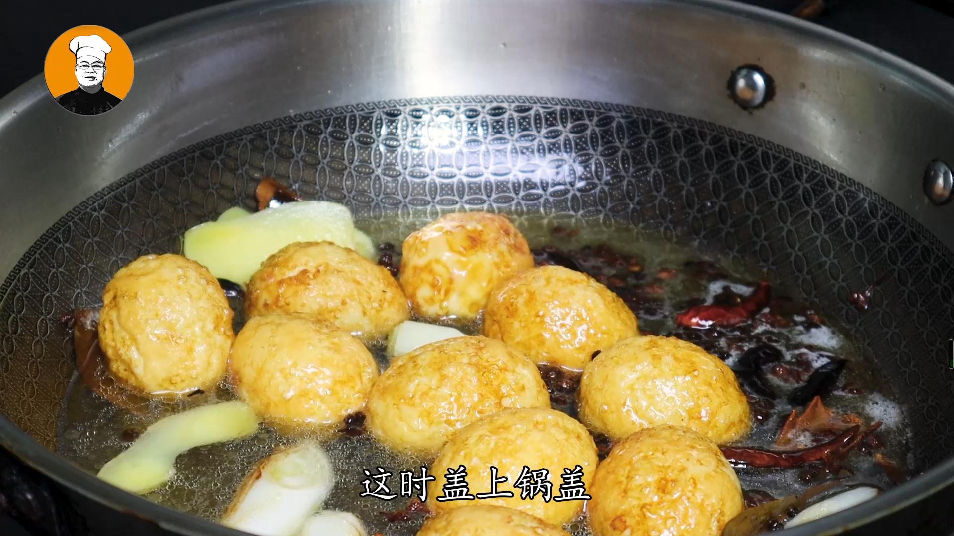 虎皮鸡蛋正确做法,一煮二炸三炖,鸡蛋香酥可口 虎皮鸡蛋 第6张