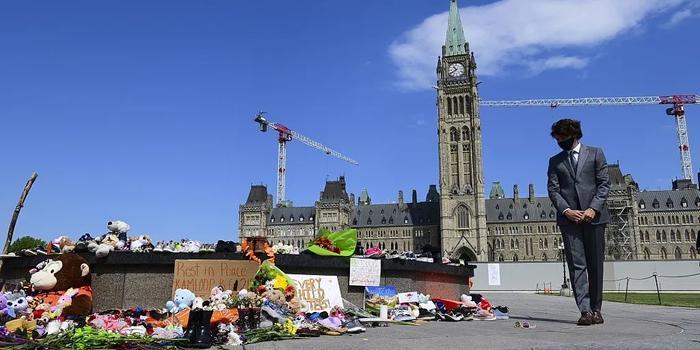 """""""凭什么让教会道歉?""""加拿大可耻历史遭曝光,各界开始甩锅"""