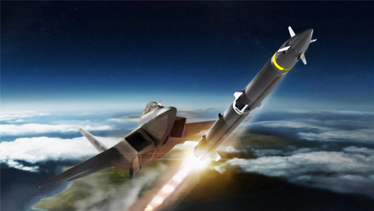 國寶女院士立大功!研製新導彈一舉反超美國,獲國家獎勵100萬