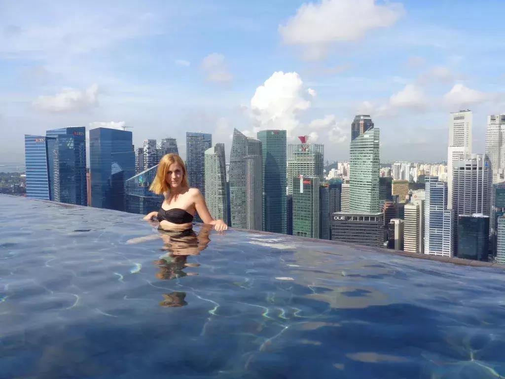 无边际泳池,水天一色的浪漫设计
