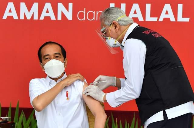 武契奇说中国新冠疫苗质量极高就是小贵 恳请中方打个折