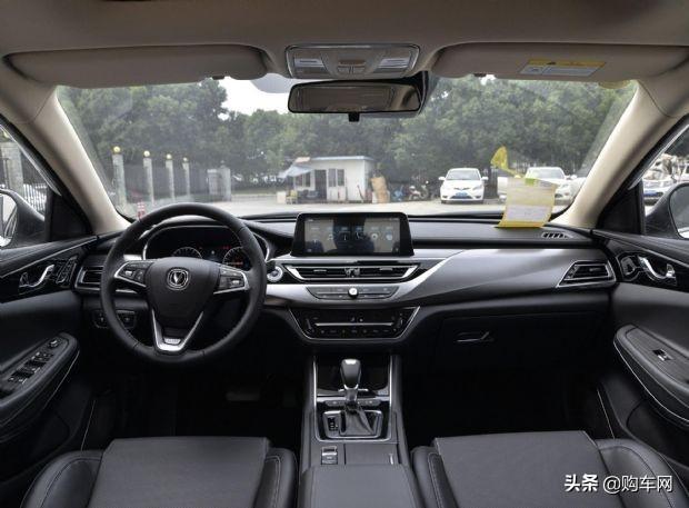来自长安的时尚中型车,锐程CC由9.49万降至8.09万,值得买吗?