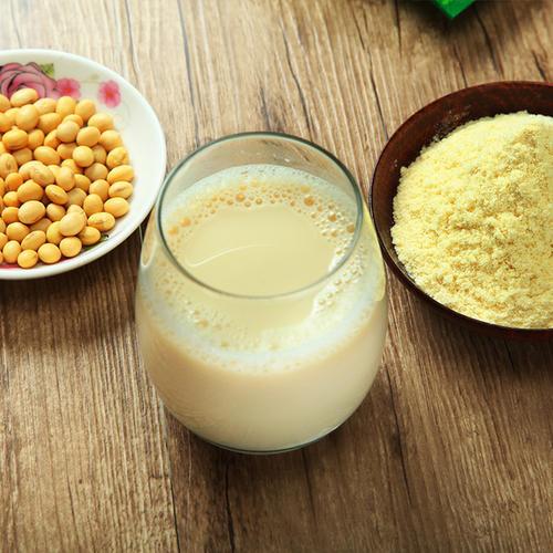 杏仁奶、燕麦奶、豆奶哪款植物奶好处最多?留意营养标签