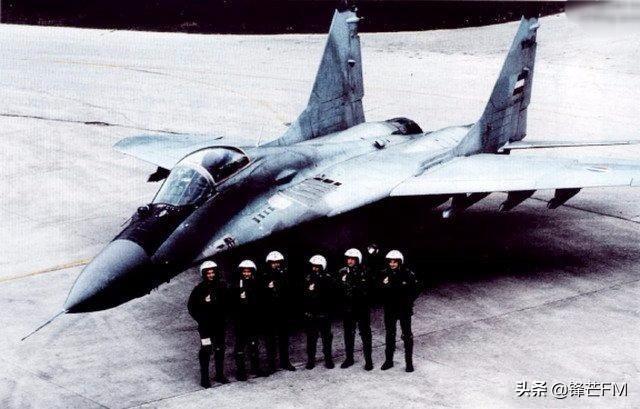 教科书般的救援!1999年美国营救被击落跳伞的F117飞行员