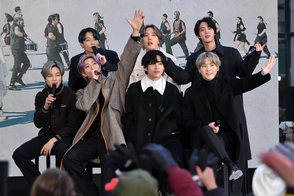 过去一个月,BTS获得了15个国内冠军,歌迷:根本没有对手